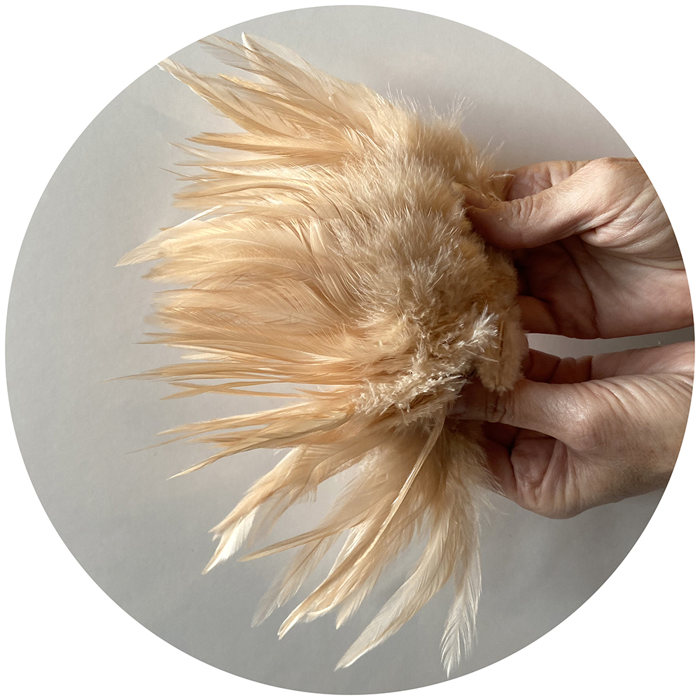 Strung Chinese Saddle Hackle 5-7 inch - Tan